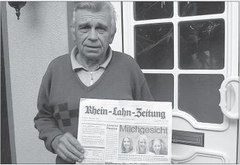 Er ist bei jedem Wetter für die RLZ in Holzheim unterwegs: Zeitungszusteller Walter Klapper.