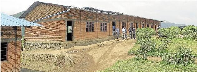 Die Spenden aus dem Konzert sollen für die Renovierung der Primarschule Nyiragikokora in der Holzheimer Partnergemeinde Rambura verwendet werden.