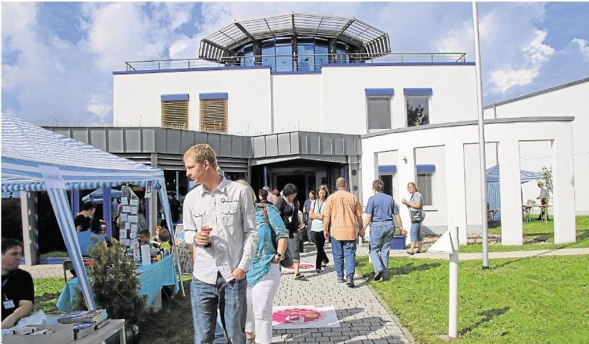 Erfolgreich war der Tag der offenen Tür bei der Firma Diasys in Holzheim, zu dem rund 400 Besucher geströmt sind.