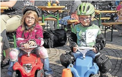 In großer Form waren die kleinen Bobbycarpiloten beim Rennen in Lohrheim.
